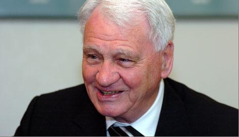 The world bids farewell to Sir Bobby Robson